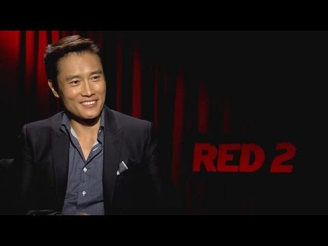 Byung-hun Lee - RED 2 Interview HD