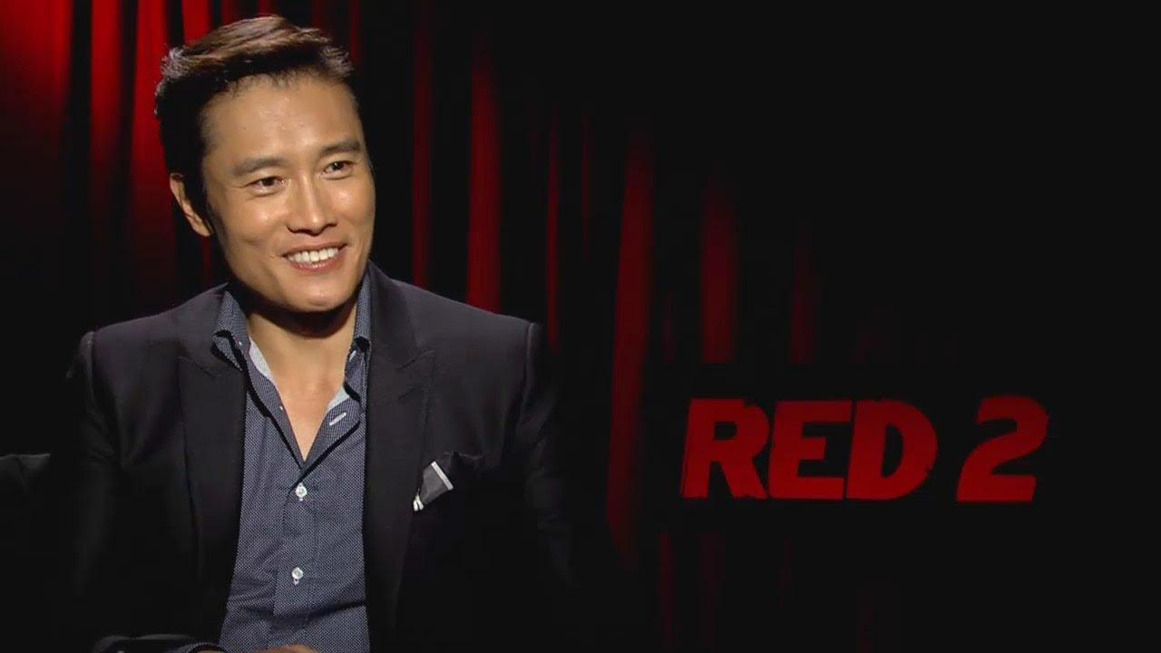 Byung-hun Lee - RED 2 Interview HD - YouTube