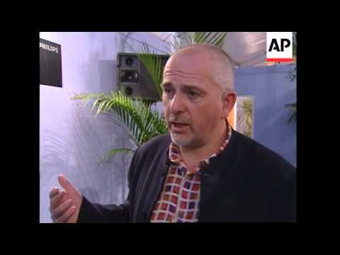 ENTERTAINMENT DAILY: ENT2- PETER GABRIEL
