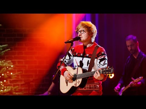 Ed Sheeran – Perfect | The Late Late...