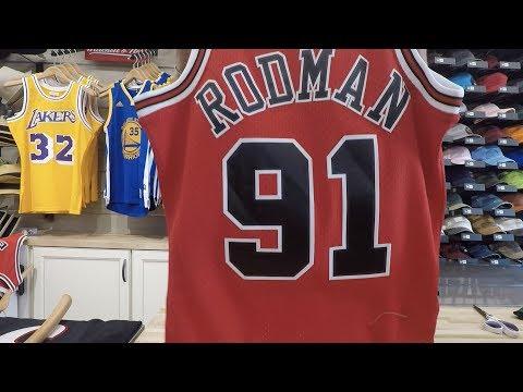 Dennis Rodman Mitchell & Ness Swingman Jersey