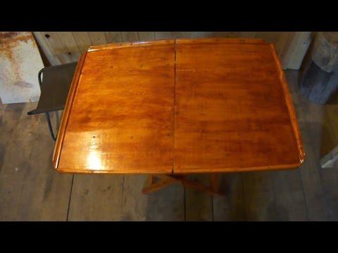 Самодельный складной столик, для рыбалки и пикника.