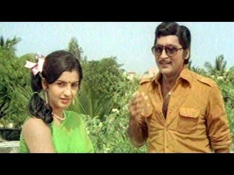 Comedy Kings - Rajkumar Shame At His Girl Friend - Sobhan Babu, Ambika