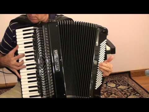 L'immensità - Italian song, Italian accordion
