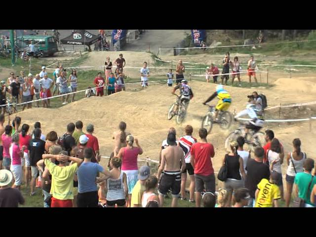 JBC 4X Revelations – Michal Marosi crazy wallride