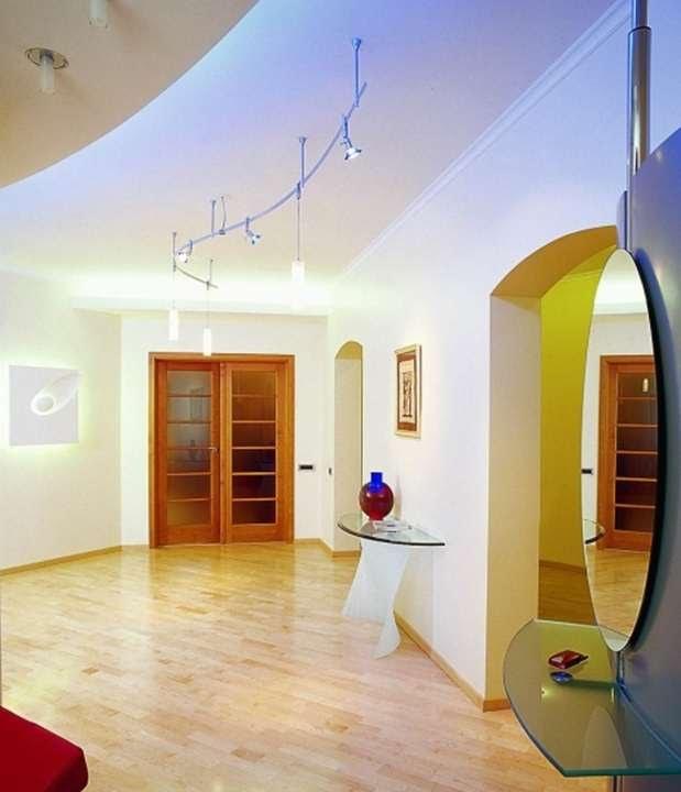 Удобный интернет-магазин парикмахерского оборудования с разнообразным каталогом. Выбрать и купить современную, удобную мебель для салона красоты по выгодной цене.