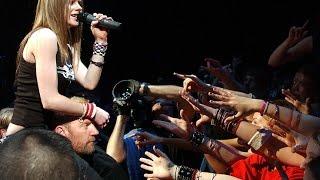 Video Avril Lavigne - Basket Case (Türkçe Altyazı)-[Green Day Cover] download MP3, 3GP, MP4, WEBM, AVI, FLV Juli 2018