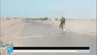 غارات للتحالف بقيادة السعودية تستهدف معسكر القوات البحرية بمنطقة الكتيب