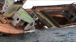 Sinking ship becomes artificial reef