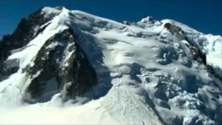 9 Dead, 11 Hurt, 4 Missing in Mont Blanc Avalanche