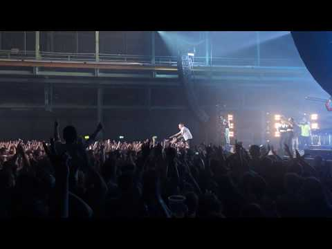 Macklemore's Stagedive - Can't hold us @Zenith Munich