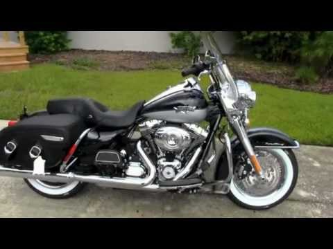 2012 Harley Davidson Road King Classic - Dealer - YouTube