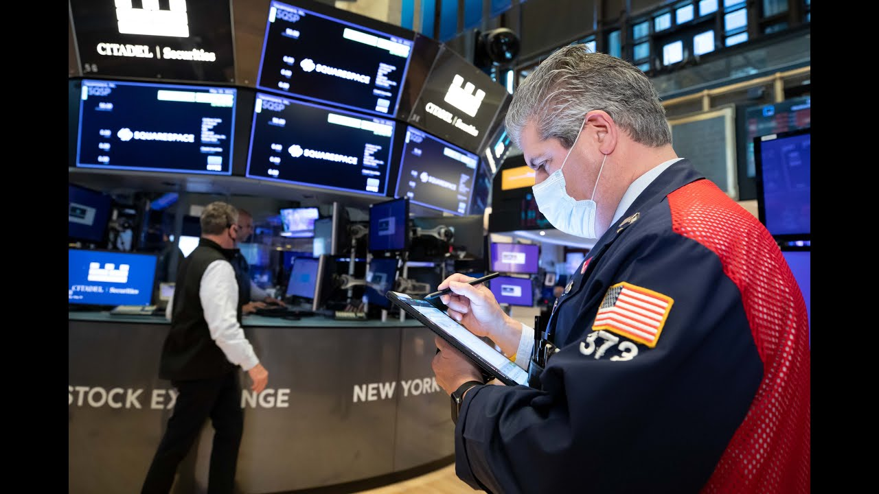 Stock futures are flat after Dow starts week lower
