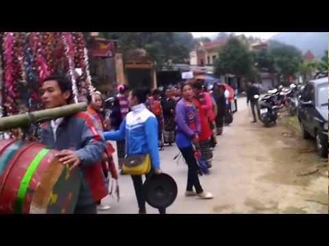Liên hoan Văn hóa các dân tộc huyện Quan Sơn lần thứ nhất năm  2012.3gp
