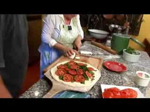 """How-to make Buffalo Mozzarella Pizza"" Hippy Gourmet style"