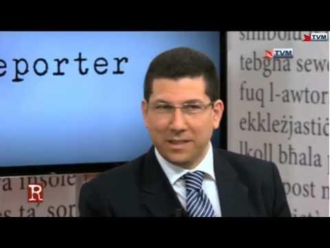 Il-Media u l-Politika Clyde Puli vs Manuel Mallia fuq Reporter TVM Apr 2016