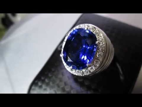 Sri Lankan's Natural Blue Sapphire Ring 11.60 carats (SOLD)
