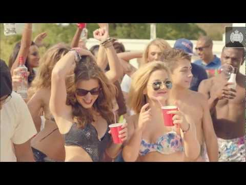Michael Gray Feat. Roll Deep - Can't Wait For The Weekend (Official Video)