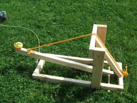 Comment faire une catapulte maison attention dangereux youtube for Catapult design plans for physics
