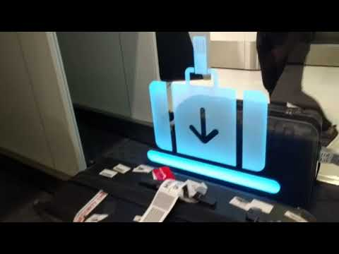Qantas Check-in Kiosk And Bag Drop - Sydney Airport
