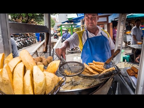 Indonesian Street Food Tour of Glodok in Jakarta