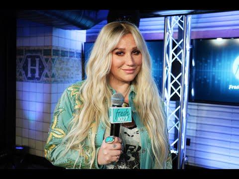 Kesha On Jerry Seinfeld Hug Snub: I Think I Scared The Poor Man