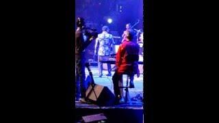 Abhijeet Bhattacharya Singing Badi Mushkil Hai