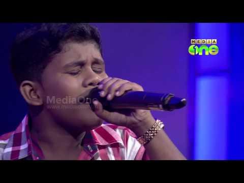 Best of Pathinalam Ravu -  Badusha singing ee prapancha srashtavu neeye..