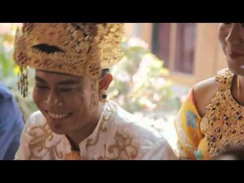 Tresna Kanti Pawah by Dek Ulik  wedding yasa & unique