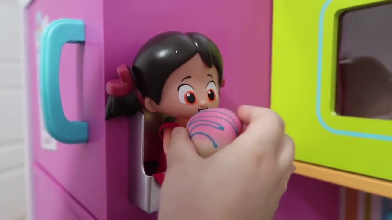 Niloya Und Elif Geschichte Riesige Küche - Kidkraft Kinder Spielzeug ...