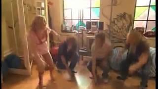 Casi Angeles-Cielo y los chicos bailan Voy por mas