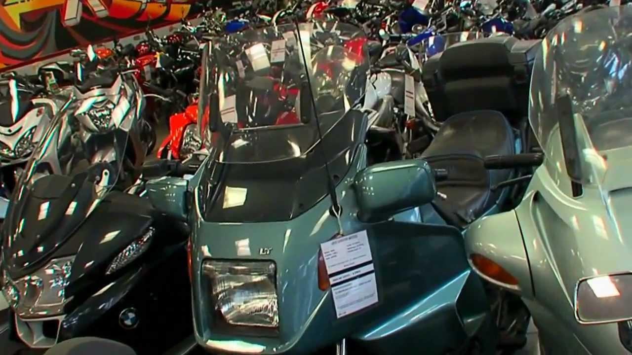 Rive gauche motos paris 14 me porte d 39 orl ans youtube - Porte de orleans paris ...