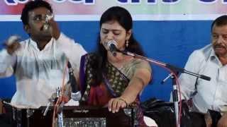 Urvashi Radadiya-Lok geet-Unchi talawadi ni kor......