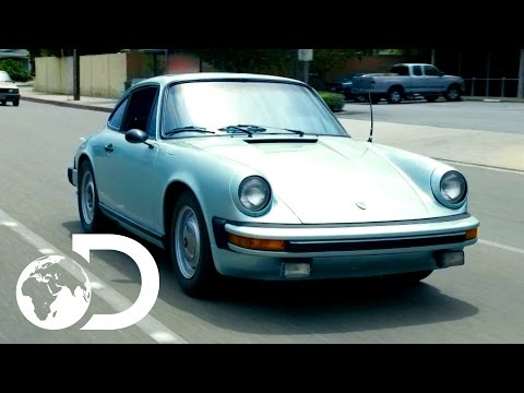 Haggling For Rare Porsche 912E | Wheeler Dealers Monday 9pm | Discovery UK