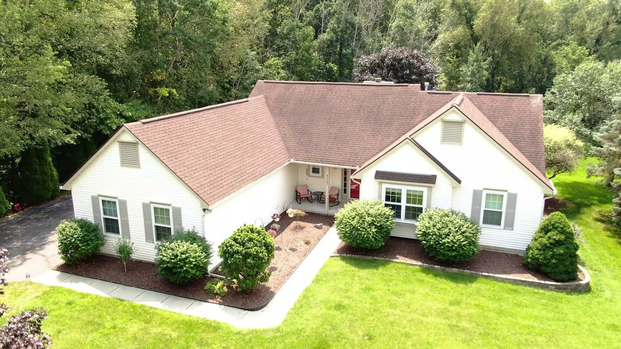 Well-Maintained Ranch on a Private Cul-De-Sac 3/4 Acre Lot