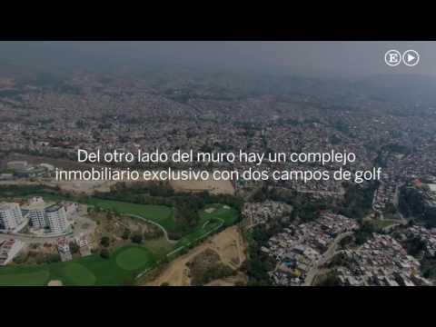 Un muro en el Estado de México separa un campo de golf de la miseria
