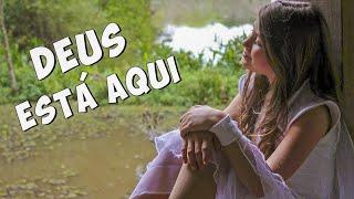 DEUS ESTÁ AQUI (Clipe Oficial) Mileninha - Música Gospel Infantil