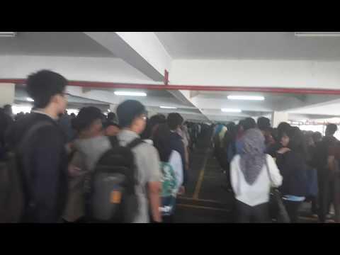 Jakarta Banjir Jobseeker At Job Fair Balai Kartini Jakarta 25 Jan 2018