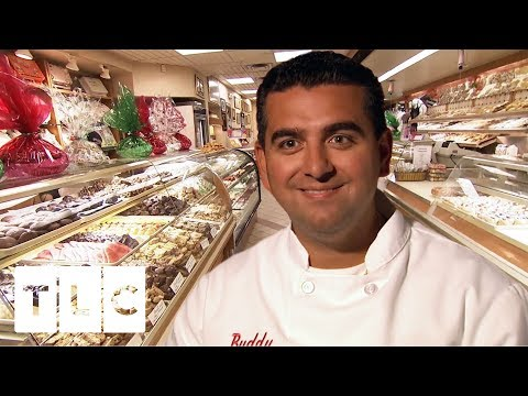 Carlo's XMAS EVE Celebrations | Cake Boss