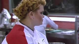 Ганна Андрієнко готує гарніри на Пекельній вечері