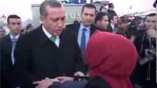 Başbakan'ın Önünde Taciz Edilen Kadın