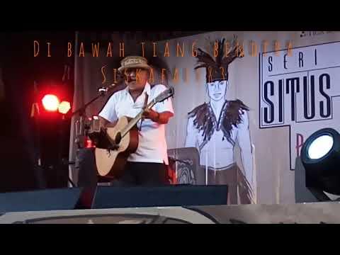 LIVE DI BAWAH TIANG BENDERA Konser situs PAPUA ASMAT full panggung cekidot!!