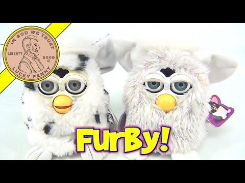 Furby Electronic Talking Sleeping Animated Toys Model 70-800, 1998 & 1999 - Tiger Electronics