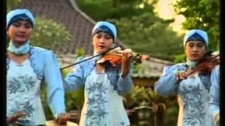 Nida Ria - Payung Kebahagian [Official Music Video]