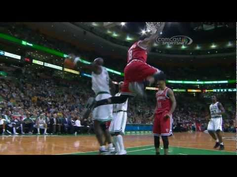 Larry Sanders posterizes KG on the alley-oop!