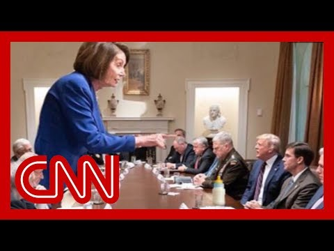 Internet melts down over Pelosi photo