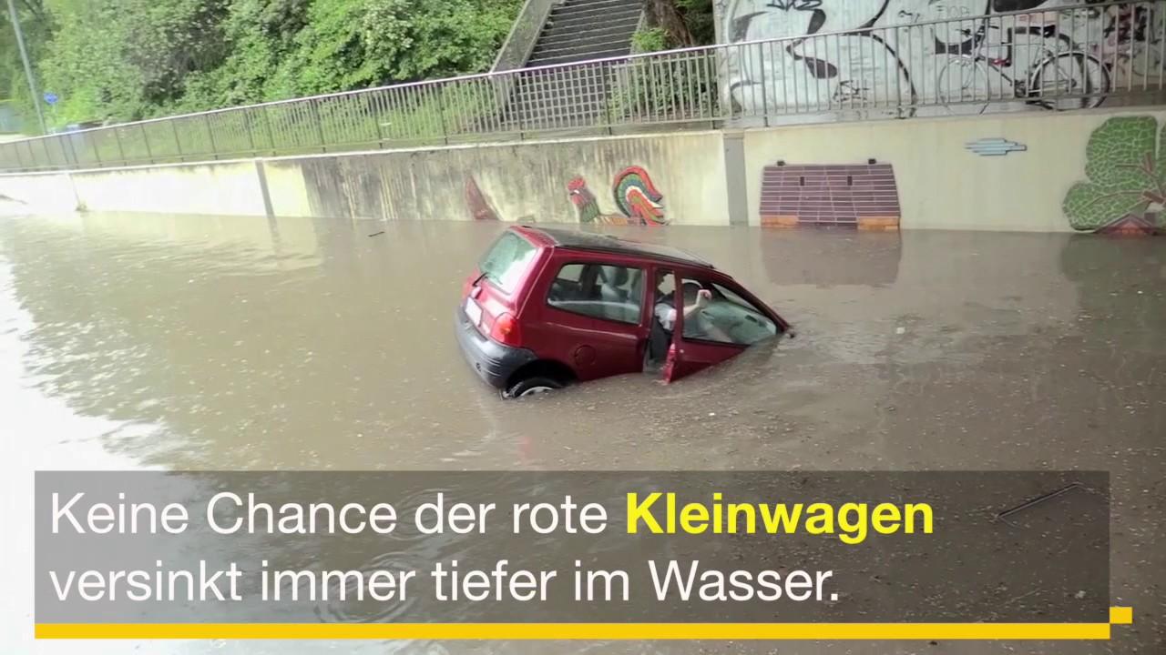 5ed4a71a7459b Überschwemmungen in NRW: Unterführung in Oberhausen überflutet