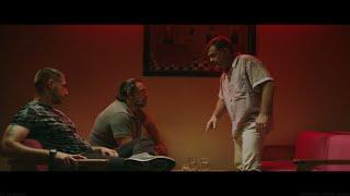 «Μπόμπα είναι, πιείτε να τυφλωθείτε»: Κλιπ από τη Μπαλάντα της Τρύπιας Καρδιάς | Luben TV