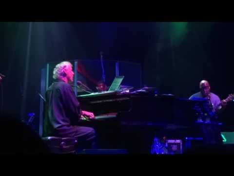 The Show Goes On - Bruce Hornsby and The Noisemakers September 8, 2016