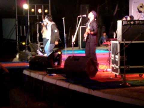 Dhwani 09 Karthik Proshow - Oru Ooril